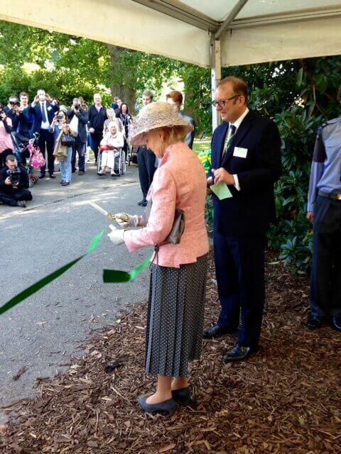 HRH Princess Alexandra cutting the ribbon. (c) KSY Museum Trust