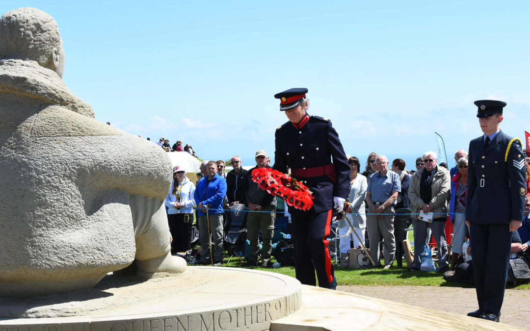 The Vice Lord-Lieutenant Richard Oldfield laying a wreath on behalf of the Lord Lieutenant of Kent. (c) Barry Duffield DL.