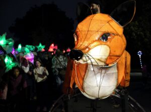 Oscar the Fox entertaining the crowds. (c) Kent Equality Cohesion Council.